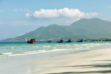 Fishing Boats In The Vietnams ...