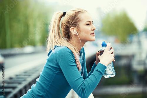 Obraz na dibondzie (fotoboard) Po przerwie po joggingu