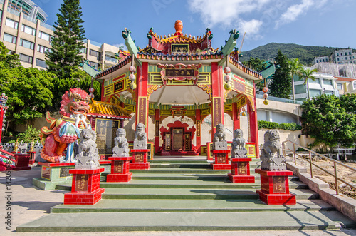 Fotografia, Obraz Chinese pavilion in Kwan Yin Temple on Repulse Bay, Hong Kong..