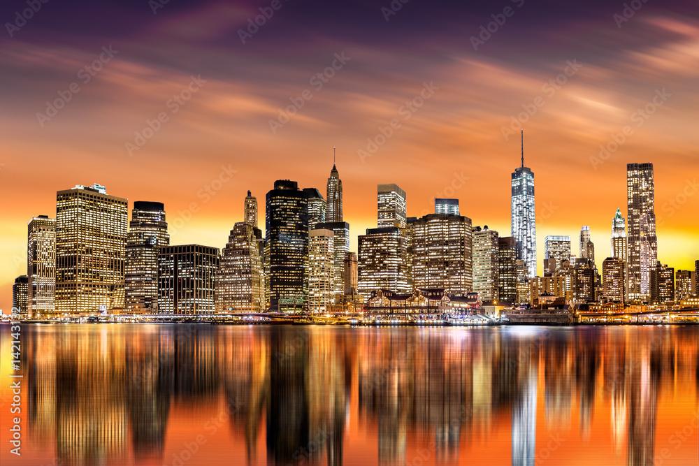 Fototapety, obrazy: Zachód słońca nad finanansową dzielnicą Nowego Jorku