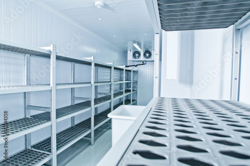 Refrigeration chamber for food storage.
