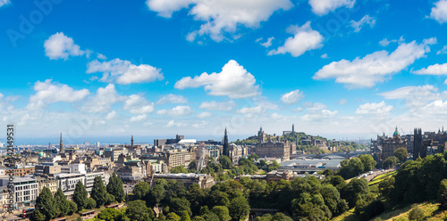 Papiers peints Paris Panoramic view of Edinburgh, Scotland