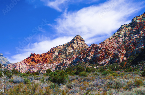 Photo  Hiking at Red Rock Canyon National Conservation Area Nevada
