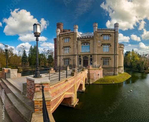 Obrazy na płótnie Canvas Castle in Kornik near Poznan in Poland
