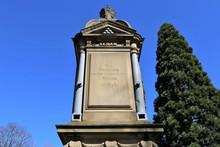 Kriegerdenkmal Für Die Opfer ...