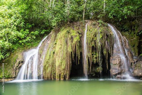 Fotografija  Wasserfall am Rio do Peixe bei Bonito, Mato Grosso do Sul, Brasilien