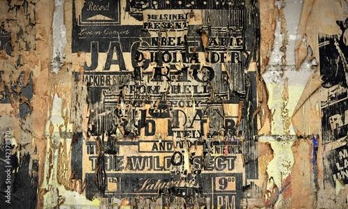 Fényképezés  mur...vieilles affiches publicitaires