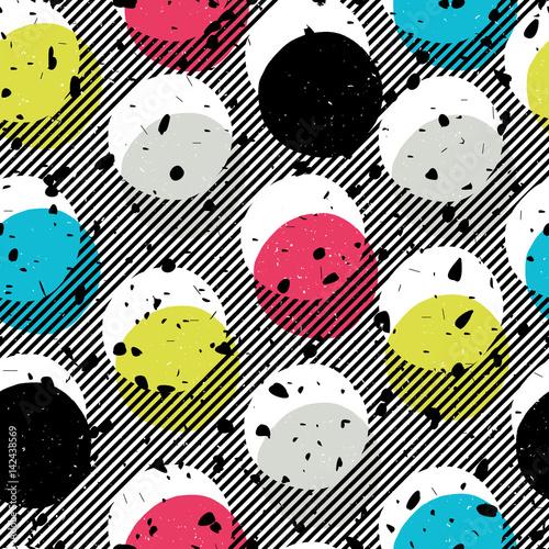 Materiał do szycia Bezszwowe Drukuj w stylu pop-art. Żółty, Błękitny, niebieski, czarny koła na ukośne linie tła i chaotycznego cząstek wzór. Streszczenie mody wzór.