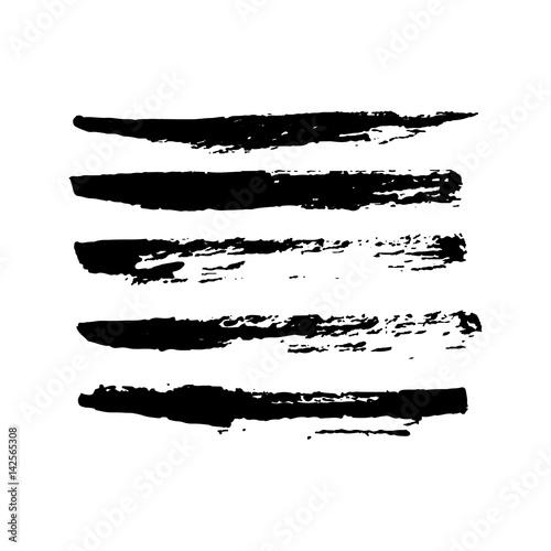 Foto Set of hand drawn grunge brush smears