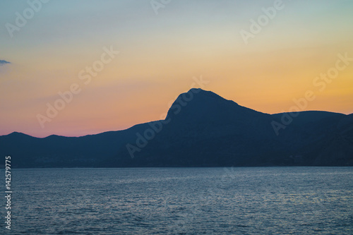 Poster Antarctique Sunset over the Crimean mountains