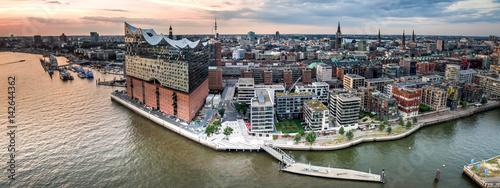 Cuadros en Lienzo  Hamburg Hafencity