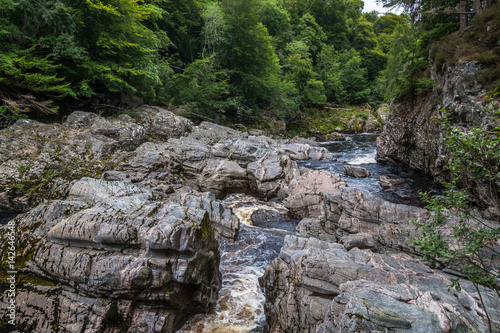 Photo Findhorn river flowing through Highlands
