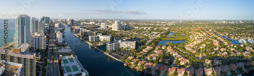 Fotografie, Obraz  Aerial image of Hollywood Florida
