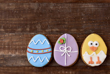 Cookies Decorated As Easter Eggs And Chick