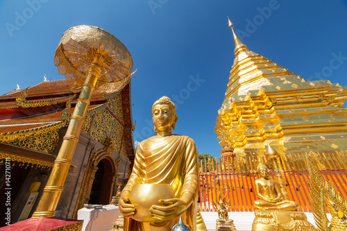 Spoed Foto op Canvas Temple Wat Phrathat Doi Suthep temple in Chiang Mai, Thailand.