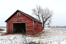 A Beautiful Old Red Barn In Th...