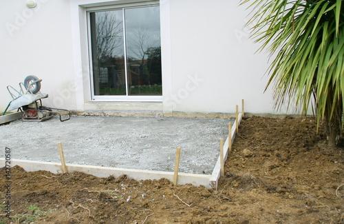 Construction D Une Terrasse Empierrement Coffrage Devant