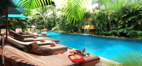 Canvas Prints Kuala Lumpur Der Dachswimming-Pool des Ritz Carlton Hotels in Kuala Lumpur