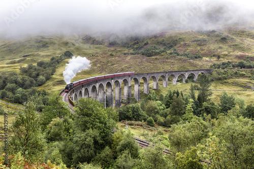 wiadukt-glenfinnan-szkocja