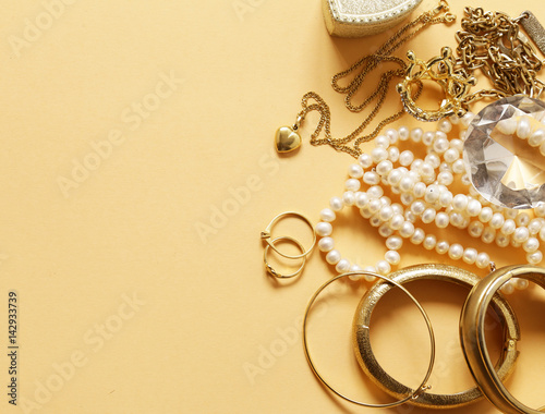 Precious jewelry gold and pearls, pendant and chain