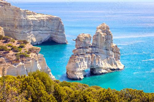 Photo  Beautiful scenic seascape view of Kleftiko rocky coastline on Milos island