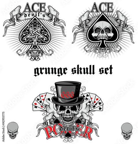 ace of spades with skull skull set Wallpaper Mural