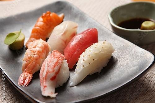 Fotografía  Assorted sushi, 모듬초밥
