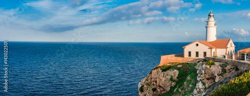 Photo Stands Lighthouse Leuchtturm Küste Mallorca Balearen Insel Mittelmeer