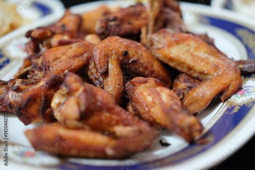 Montage in der Fensternische Desserts Fried chicken