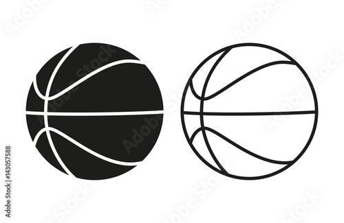 Zestaw ikon piłki do koszykówki. Wypełniać i wykładać koszykówek piłki odizolowywać na białym tle. Wektor