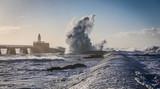 Tempête sur la grande jetée de La Chaume (Les Sables d'Olonne, France)