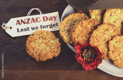 Fotografie, Obraz  Australian army slouch hat and traditional Anzac biscuits