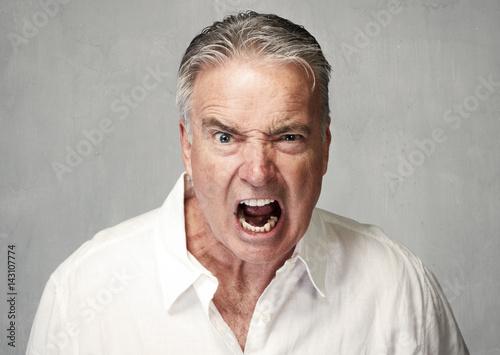 Fotografía Angry senior man