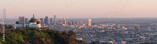 Photo Los Angeles sunset, California, USA downtown skyline from Griffith park panoram