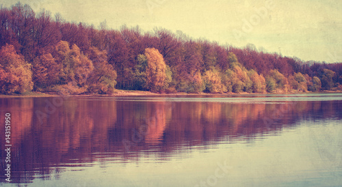Foto op Plexiglas Crimson Panoramic landscape with forest lake in autumn rainy day