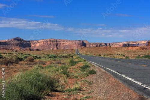 Fotografie, Obraz  Lone Road in the Desert