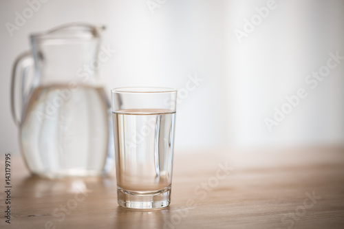 Fotografía  窓辺の水