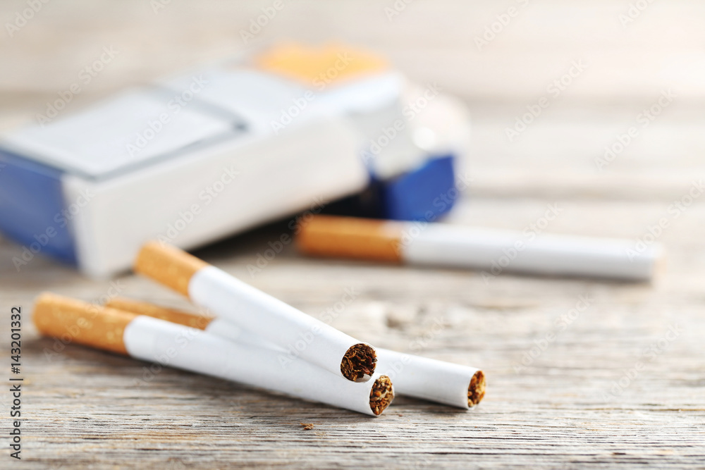 an introduction to the historical background of tobacco and cigarettes Company history - golden tobacco: year events 1967 - in march, 40,000 `a' equity shares of rs100 each and 1,00,000 n-c participating preference shares of rs100 each were issued as bonus shares.