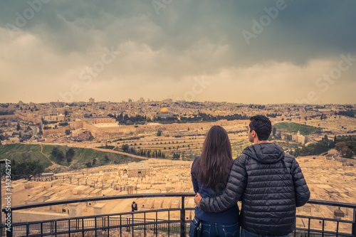 Fotobehang Midden Oosten Panoramic view of Jerusalem Old city and the Temple Mount, Dome of the Rock and Al Aqsa Mosque from the Mount of Olives in Jerusalem, Israel.