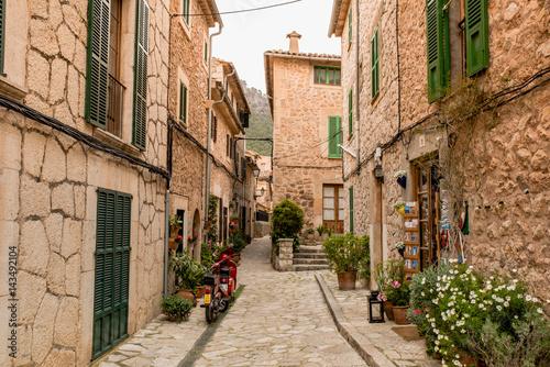 Fototapety, obrazy: Valldemossa - old mountain village in beautiful landscape scenery of Mallorca, Spain