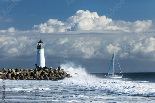 Foto op Plexiglas Vuurtoren Lighthouse Walton on Santa Cruz Shore