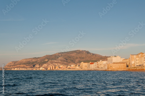 Foto op Plexiglas Poolcirkel Panoramic view of the harbor in Trapani with colored old houses, Sicily