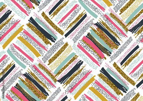 teksturowe-kolorowe-pociagniecia-pedzlem-na-bialym-tle