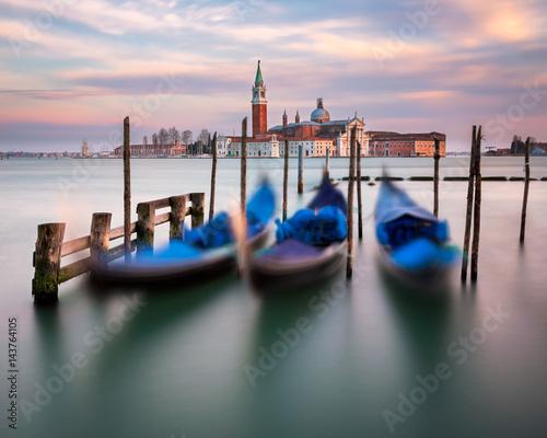 Spoed Foto op Canvas Lagoon, Gondolas and San Giorgio Maggiore Church in Venice, Italy