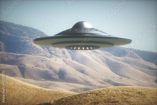 In de dag UFO UFO - Unidentified Flying Object. Alien space ship flying on planet Earth.