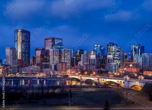 Fototapeta Calgary's skyline with the Bow River in the foreground. obraz na płótnie