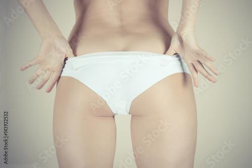 Naked girl body emo