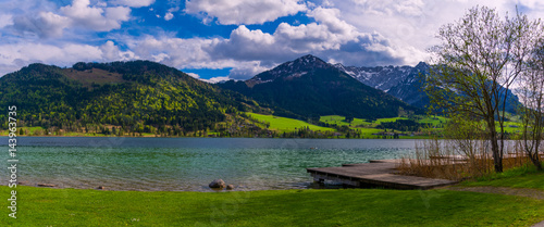 Panorama view in summer day by Walchsee Lake, Tirol, Austria Canvas-taulu