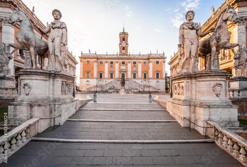 Obrazy Rzym  capitolium-hill-piazza-del-campidoglio-w-rzymie-wlochy-rzymska-architektura-i-punkt-orientacyjny-rzym