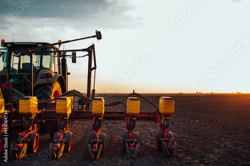 Fotografia  Preparing farm land for next year